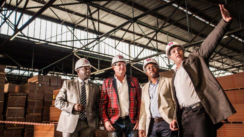 Masonite - Siyabonga Mncube, Wessel Jacobs, Nkosinathi Nhlangulela & Hilton Loring